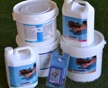Prodtti per la pulizia e la manutenzione della piscina Astralpool e Acquavant